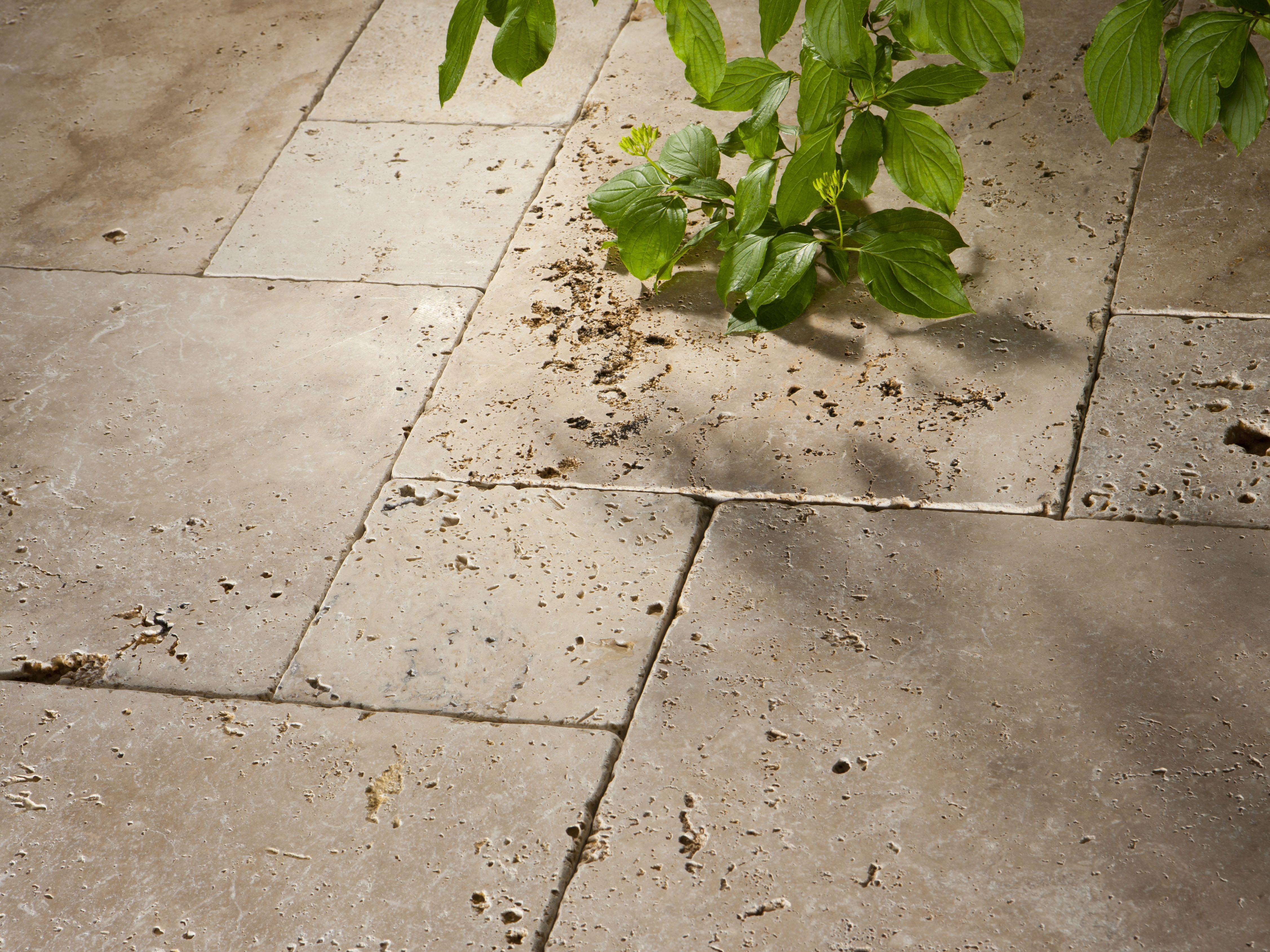 Travertin Terrassenplatten sonnenstrahlen auf den travertinplatten jonastone de travertin