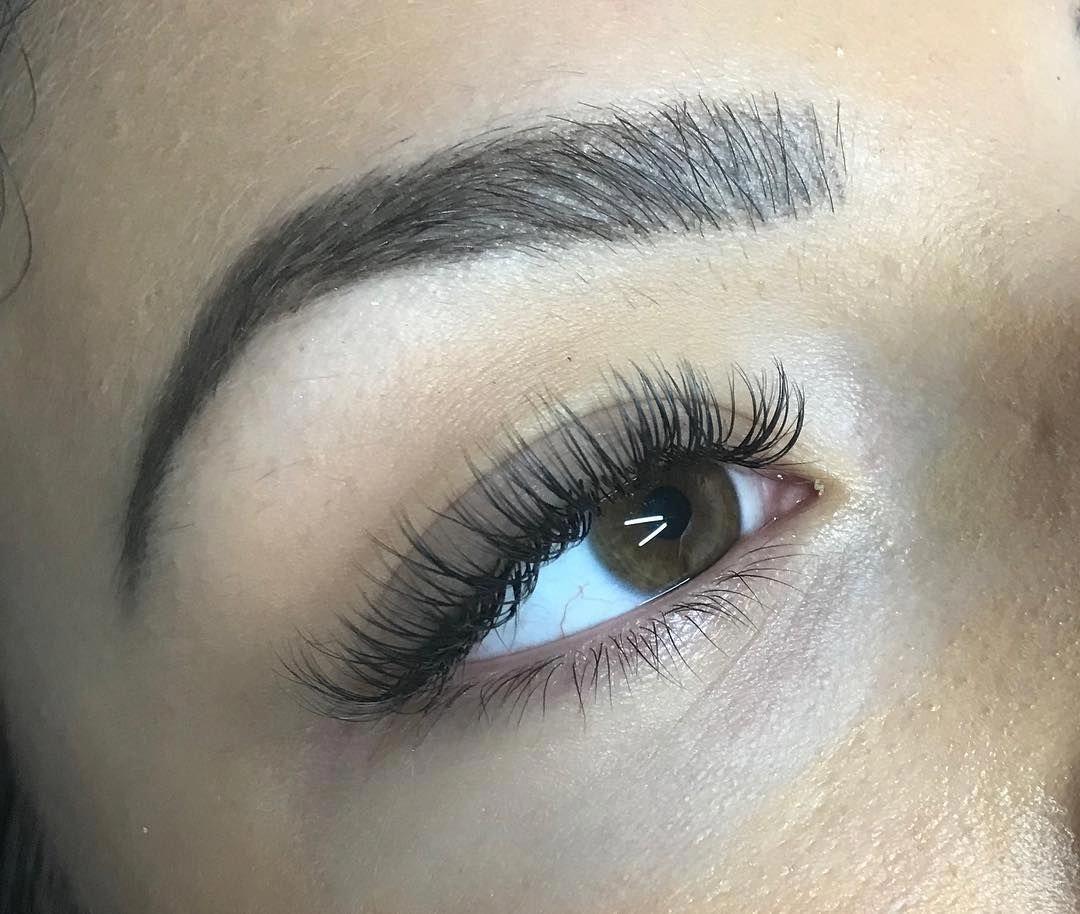 Natural style of classic lashes unfortunately i am