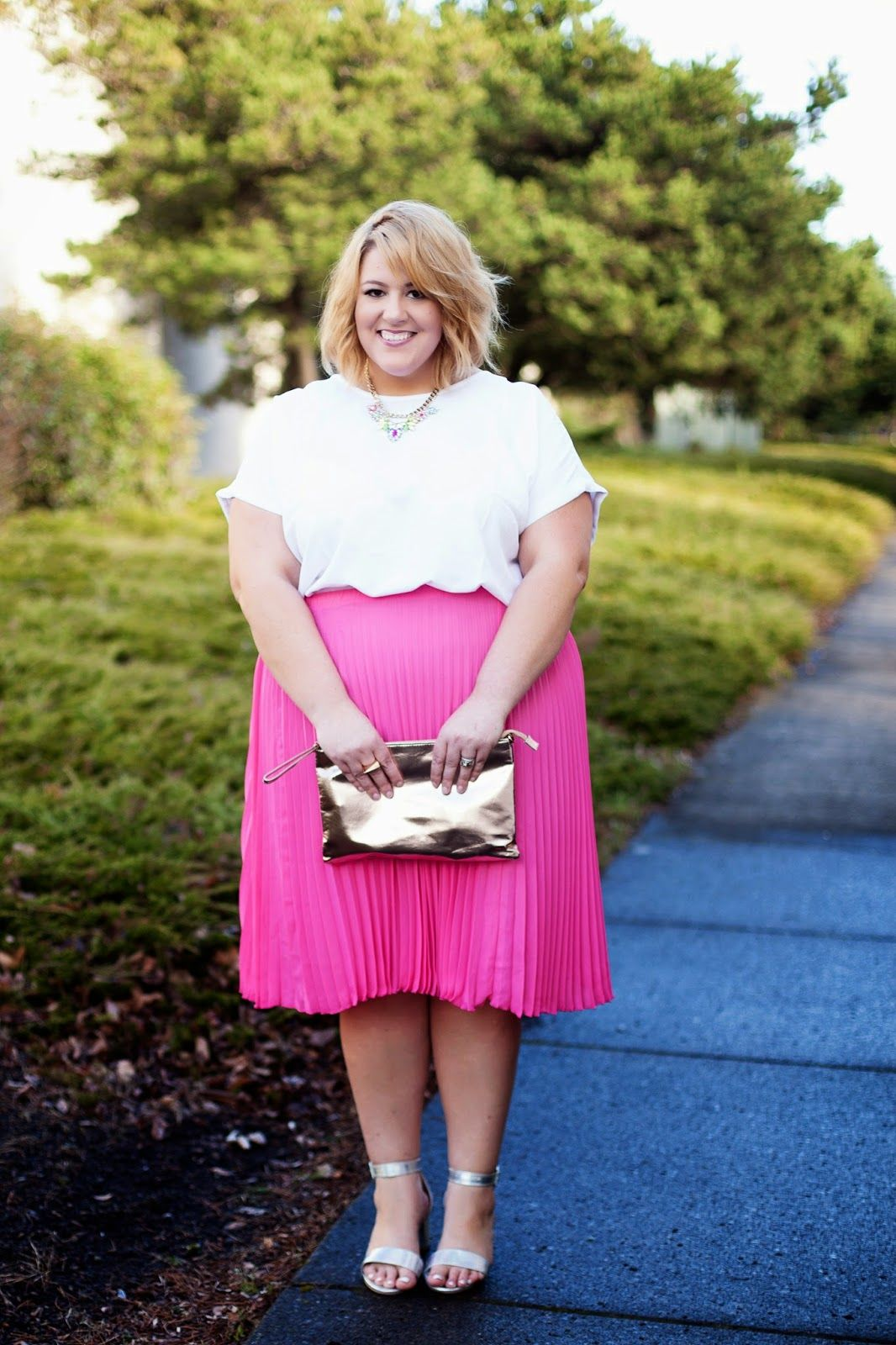 6589c07c9b6 30PlusCurves 30 Something Style OOTD Featuring SimplyBe on a Size 26 28  Plus Size Fashion Blogger Body Jessica Kane