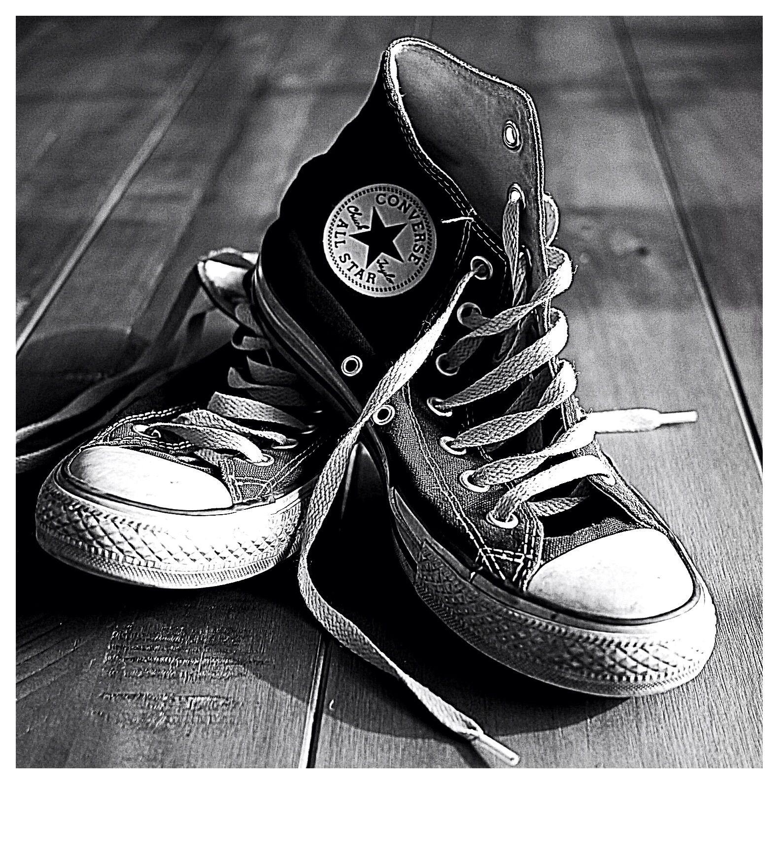 converse black and white. converse black and white