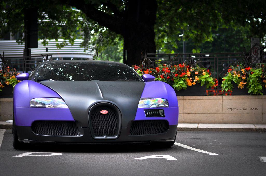 Bugatti 2008 EB Veyron 16.4 Bahrain royalty
