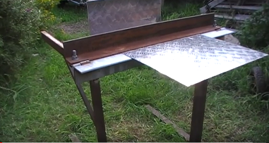 This Homemade Bending Tool Makes A Cheaper Alternative For Your Expensive Metal Bending Machines Metal Bending Sheet Metal Bender Metal