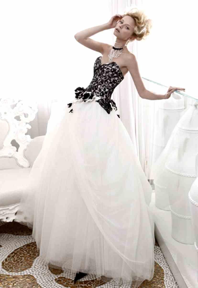 Canada Black And White Wedding Dresses Wedding Pictures Black White Wedding Dress White Wedding Gowns Wedding Dresses [ 1200 x 828 Pixel ]