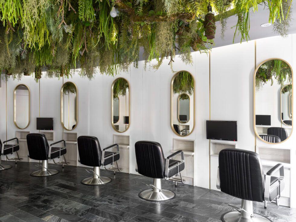 The Most Beautiful And Modern Hair Salon Decor Ideas And Hair Salon Designs Find Hairdressing Salon Pictures Of In 2020 Hair Salon Design Salon Decor Hair Salon Decor