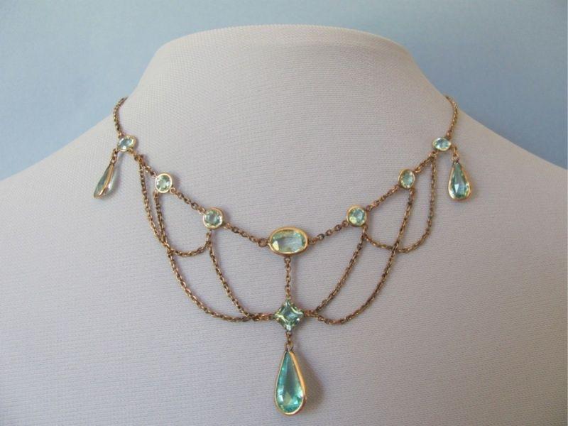 aquamarine festoon necklace