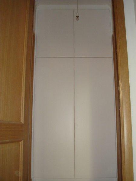 Armadio a parete su misura a Roma con struttura in multistrato e 4 ...