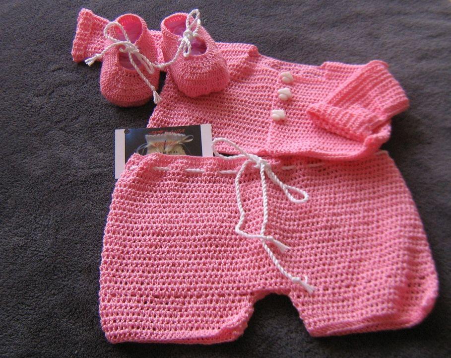 8716126fb Chaqueta + Pantalón + Zapatitos tejidos en perlé rosa. Talla 0/3 meses.