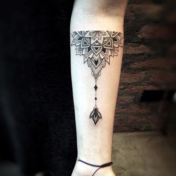 Sexy Mandala Tattoo Designs (5)