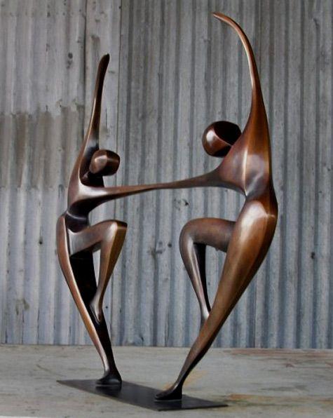 Robert-Holmes-dancing-couple-sculpture-475x596