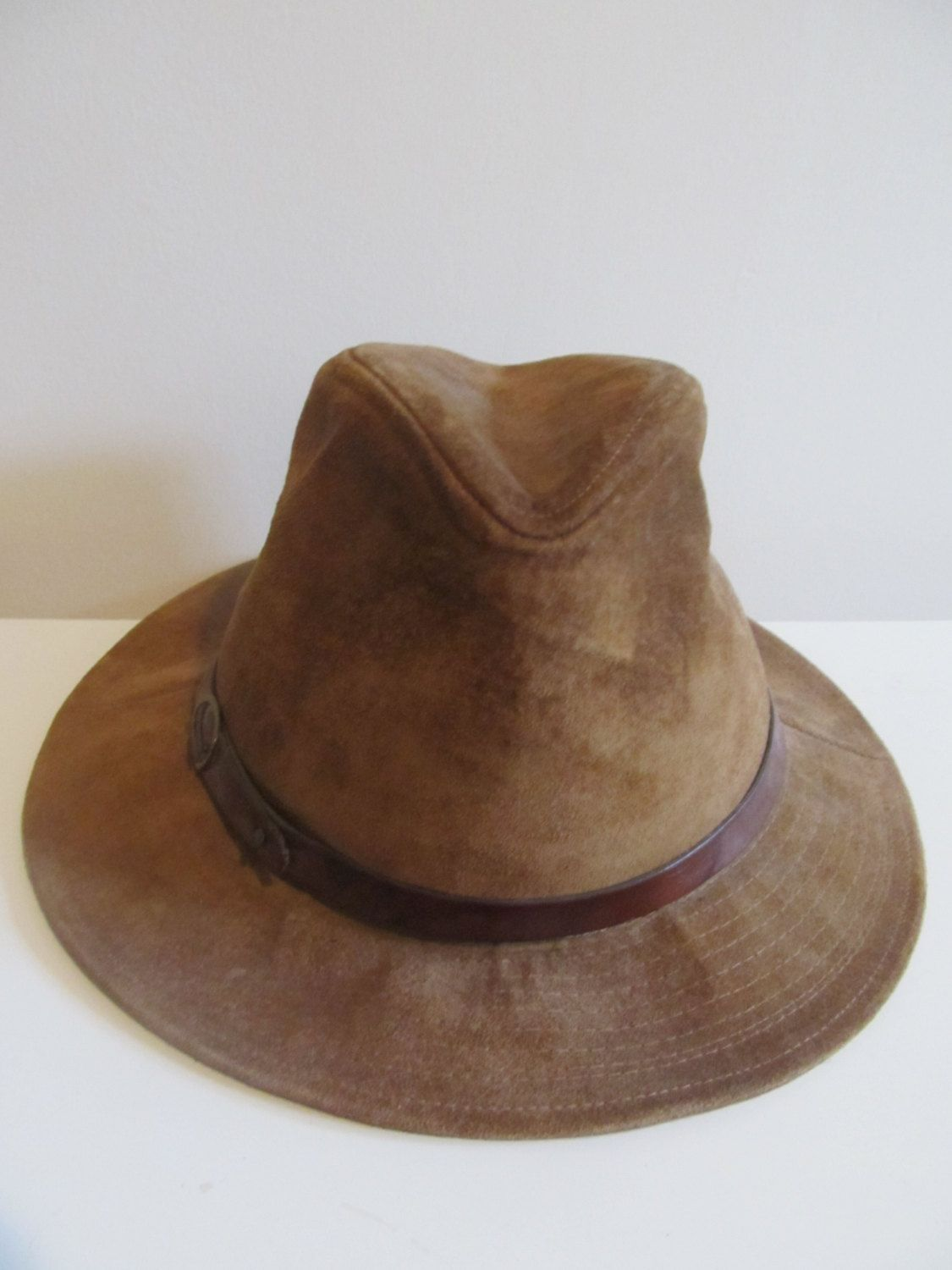 7807fe3f90011 Vintage 1980 s Stetson mens brown suede hat Indiana Jones style fedora hat M .