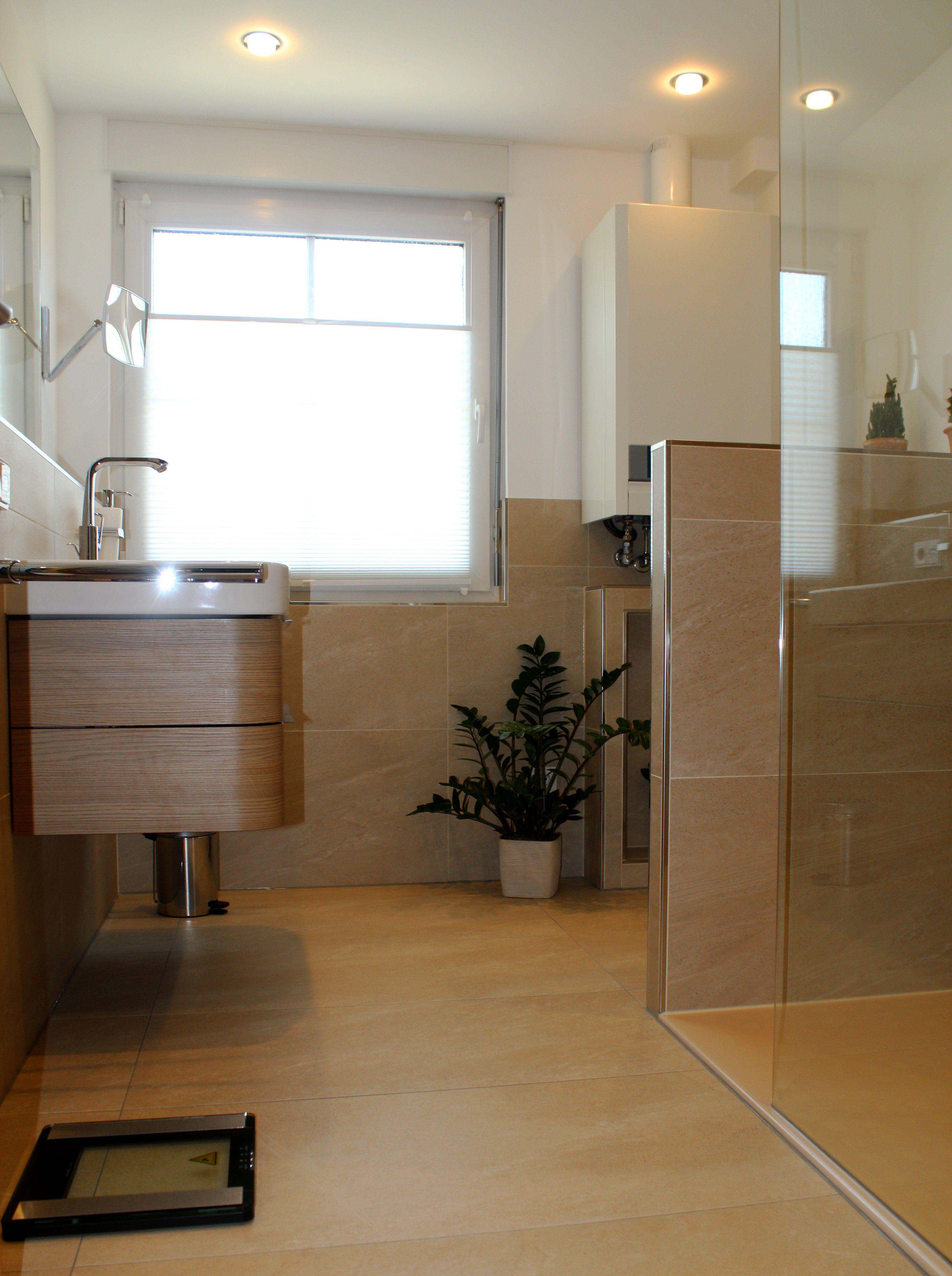 Seniorengerechtes Bad In Naturtonen Wohnen Kleine Badezimmer Dusche