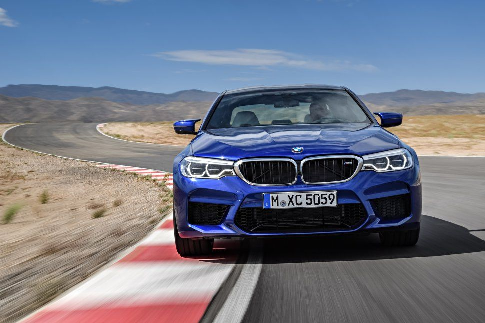 BMW M5 2017 Specs 4K Background – Ultra HD Wallpapers : UHD