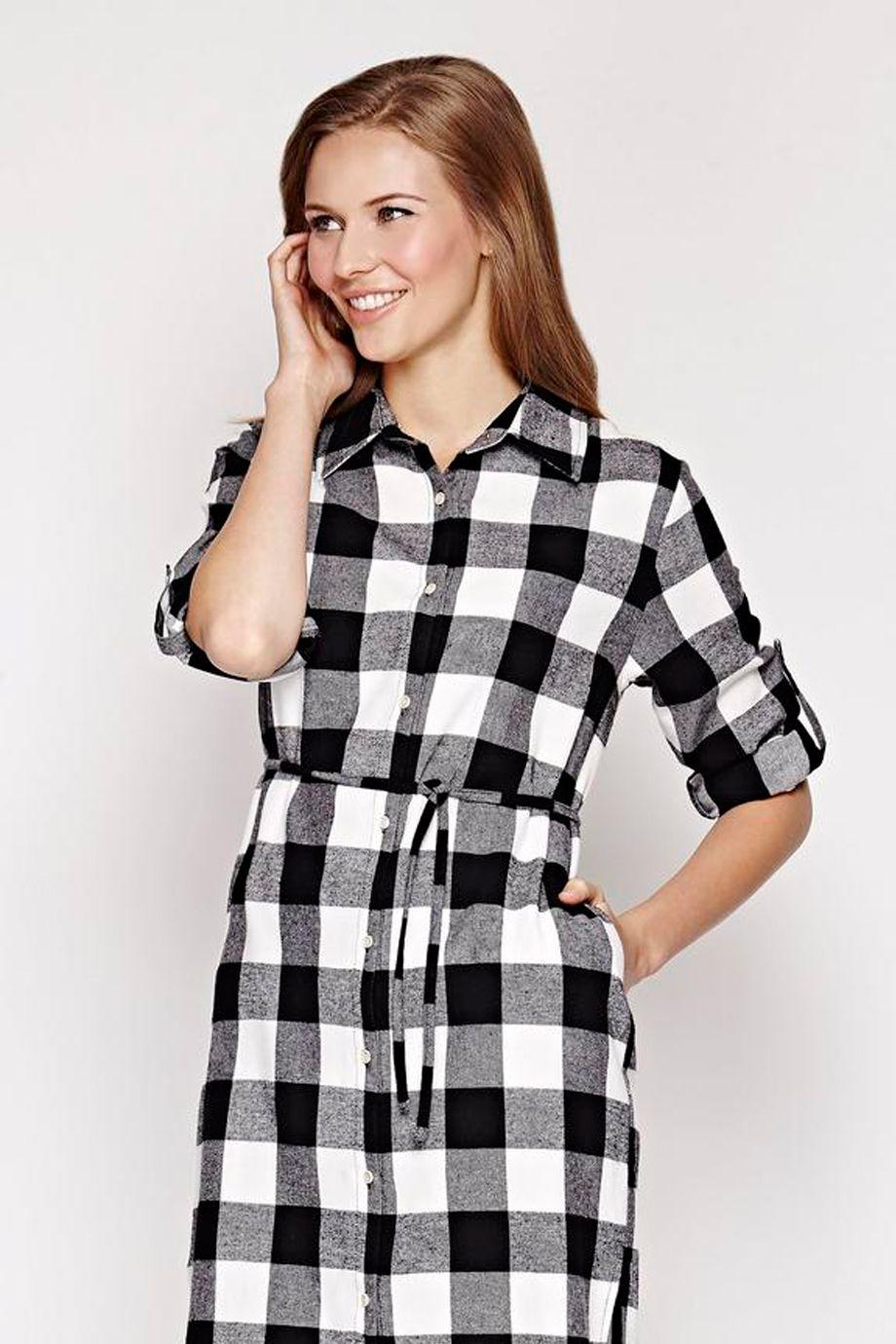 aa6cec7db639 Ασπρομαυρο καρo σεμιζιε φορεμα σε ισια γραμμη