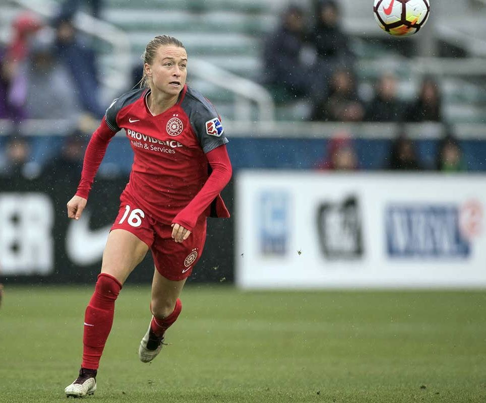 Pin By Julie O Hara On Emily Usa Soccer Women Portland Thorns Usa Soccer