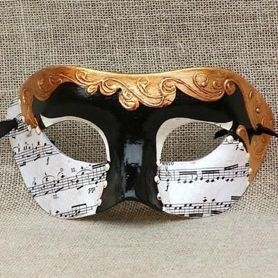Colombina Musica 1 Masquerade Mask.Handmade in Italy and is accompanied by a certificate of authenticity. vivomasks.com