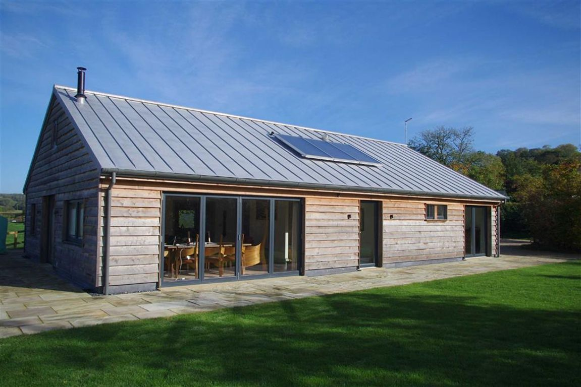 Extension black barn modern barn house timber house timber roof timber cladding