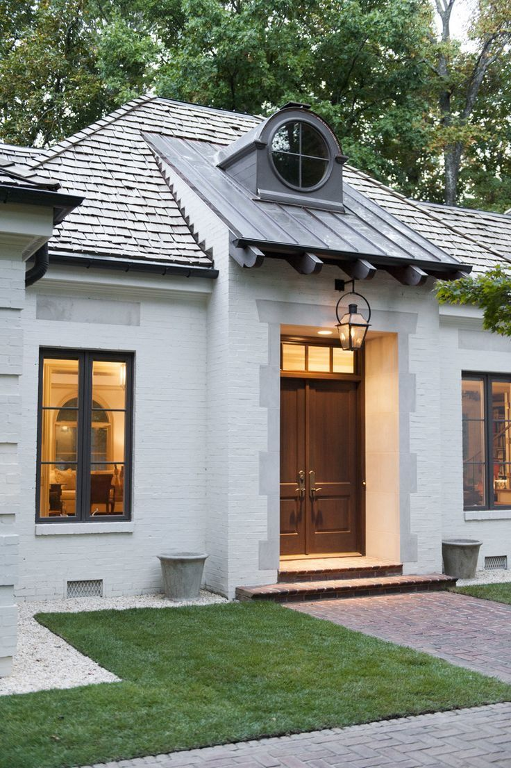 Roof overhangs operate similarly to awnings cute outsideview landscapedesign outsidelife also rh pinterest