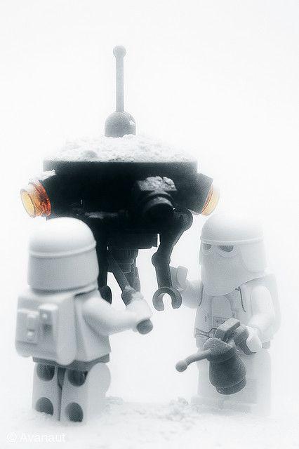 Lego Snowtrooper Probe Droid Maintenance Squad