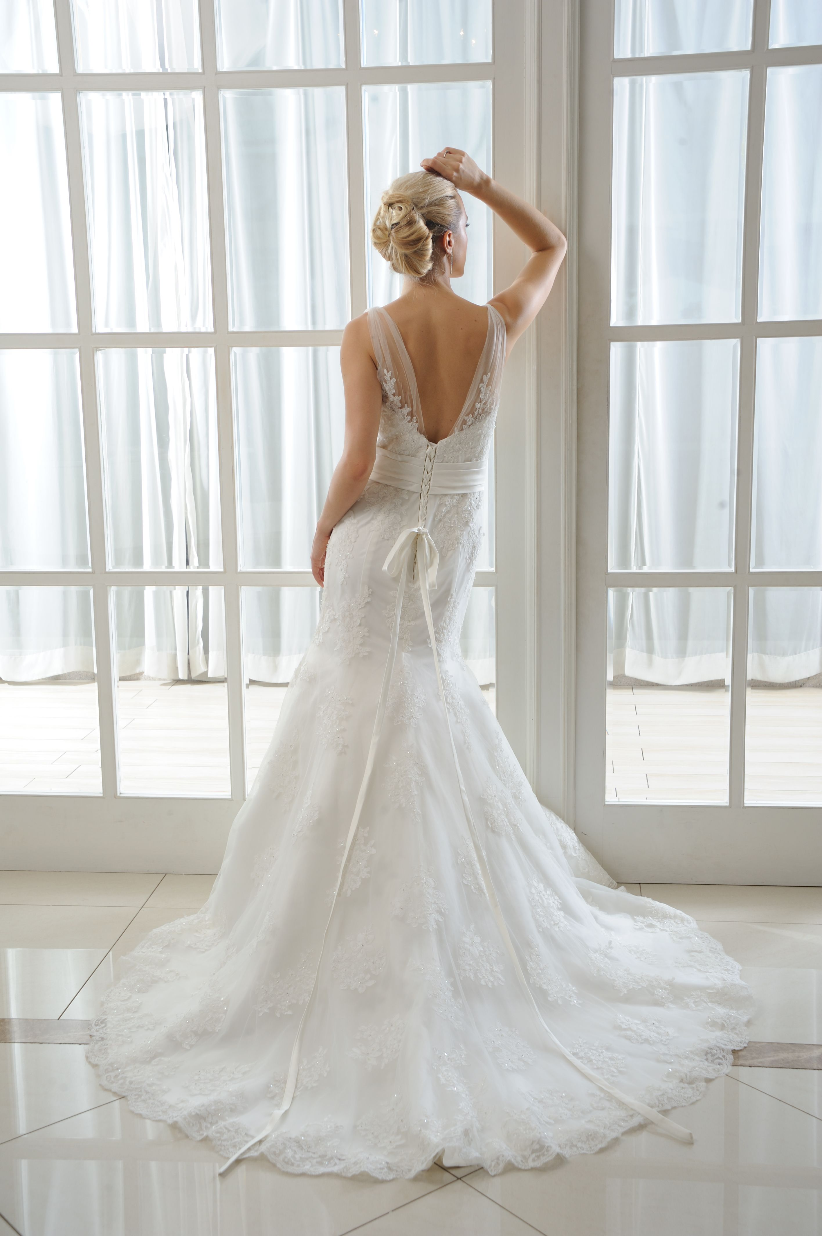 Millie Brides by Harvee lace & tulle fishtail wedding