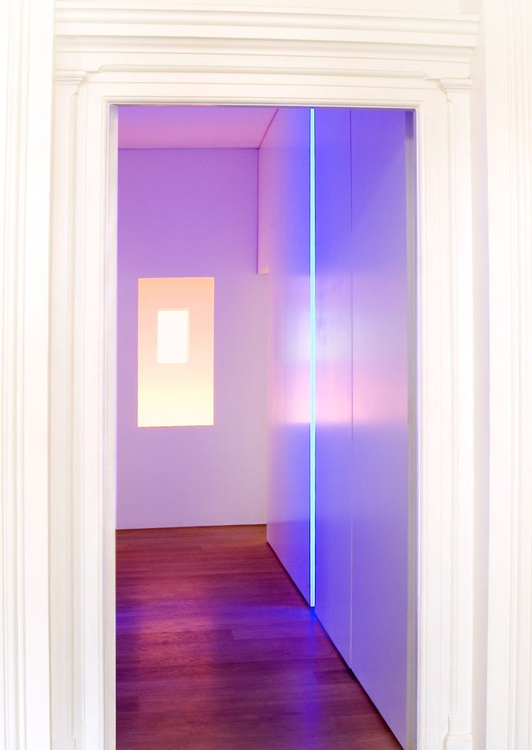 CK apartment London. Art light installation. Gavin Jackson Architects. & CK apartment London. Art light installation. Gavin Jackson ...