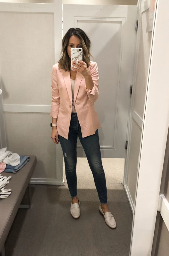 99 Latest Office & Work Outfits Ideas for Women #businesscasualoutfitsyoungprofe...
