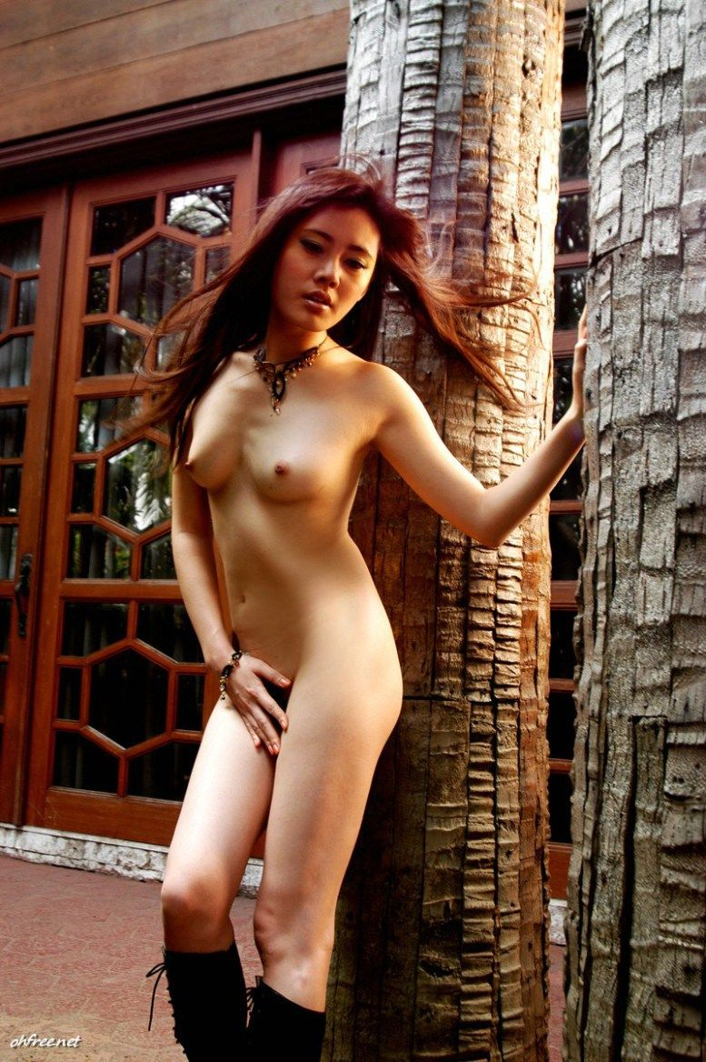 Nude girls with tight bodies