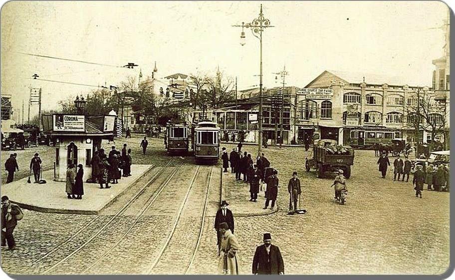 Taksimde tramvaylar - 1925