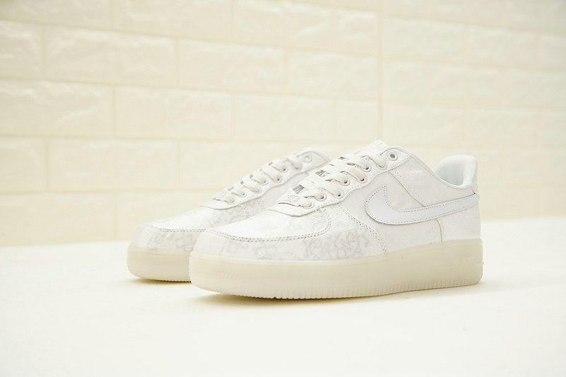 reputable site f17c8 3da92 Nike Air Force 1 Premium CLOT White Brown AO9286-100