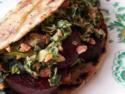 Tangy Tamarind Beetroot Flatbread Sandwich. An absolutely delcious warm vegan sandwich perfect for vegan/vegetarian lunch.
