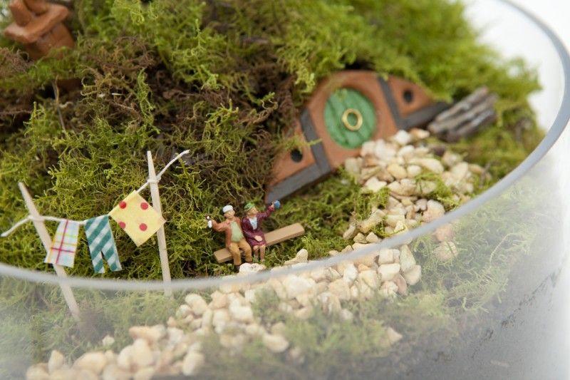 Hobbiton Miniature Garden via WeeBirdy.com