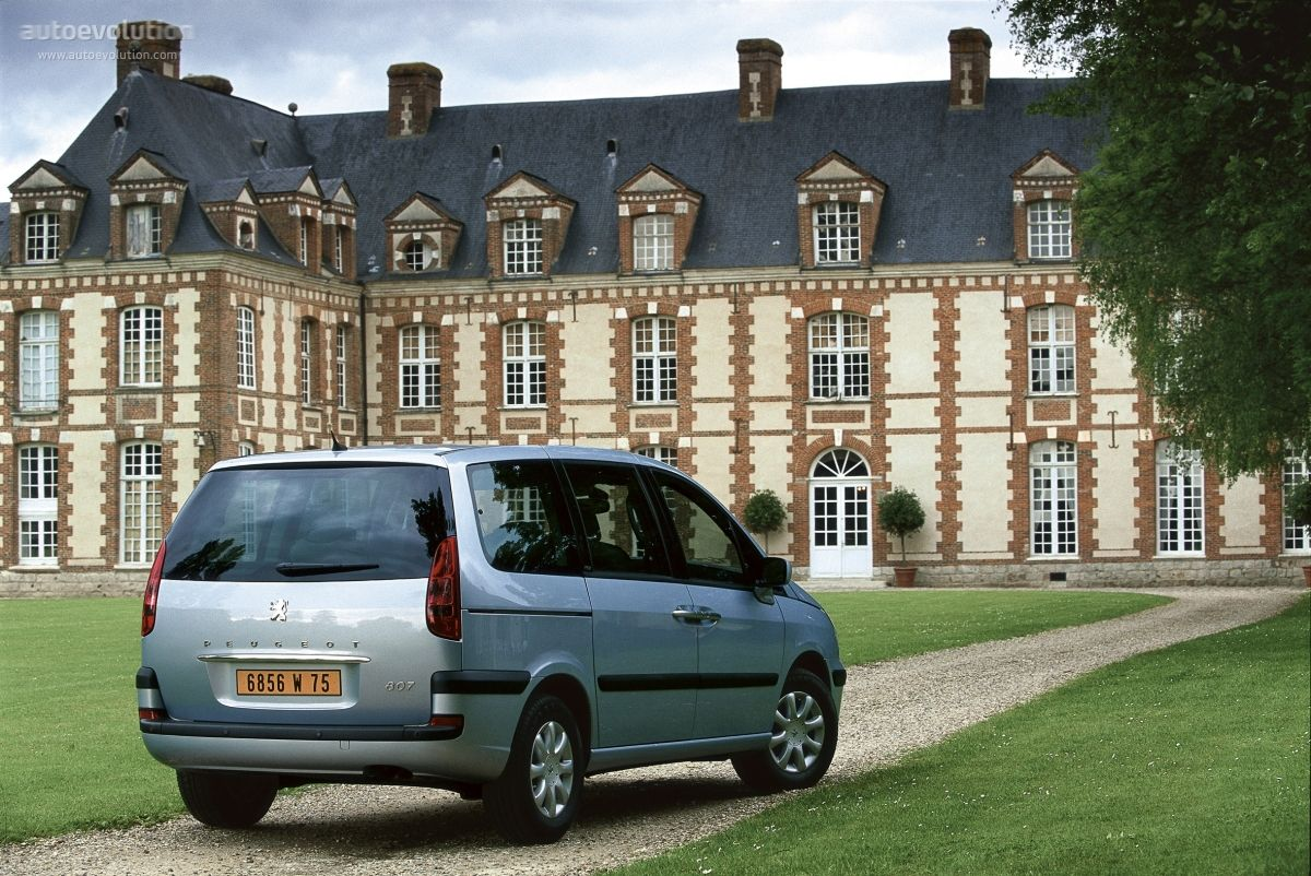 The Peugeot 807 successfully continues Peugeot's MPV line up. Larger in size and much better equipped, the 807 features a series of improvements designed for better comfort and road handling. Sli...