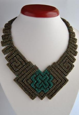 Geometric Beadwoven-Geometric necklace-Bead necklace-Bronze jewelry-Beadwork-Handmade necklace-Set beaded jewelry-Gift for women-Necklaces