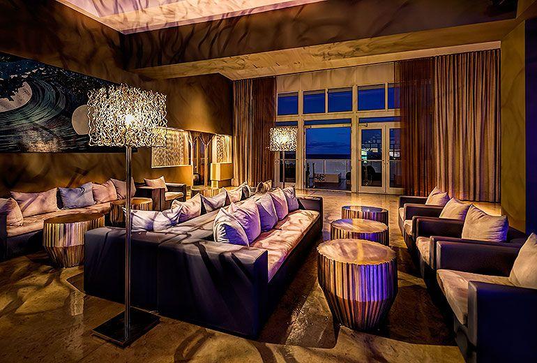 Living Room W FORT LAUDERDALE