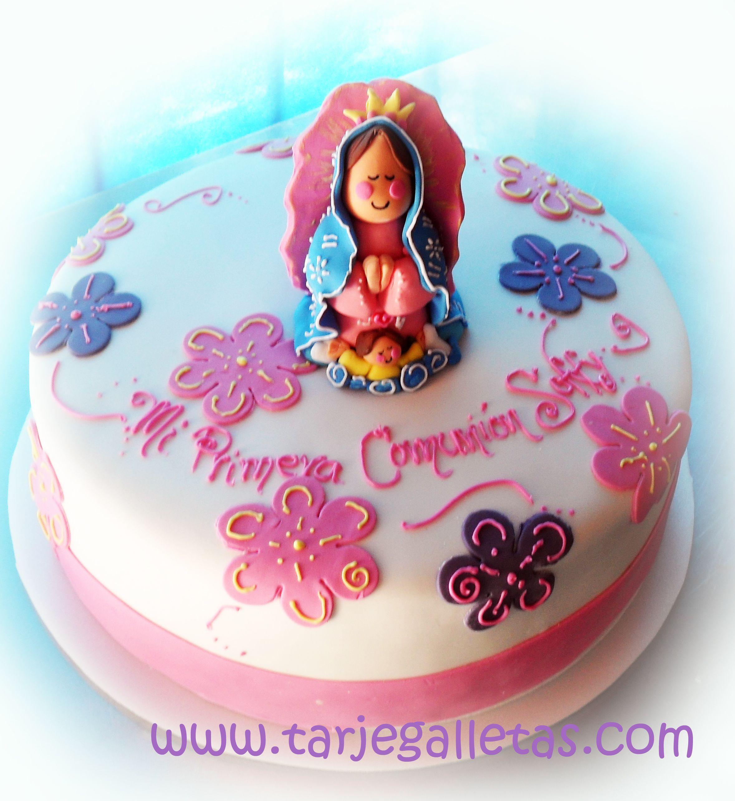 Torta relleno de  arequipe o dulce de leche con masa blanca de vainilla y figura en azucar de la virgencita segun diseño enviado por el cliente...