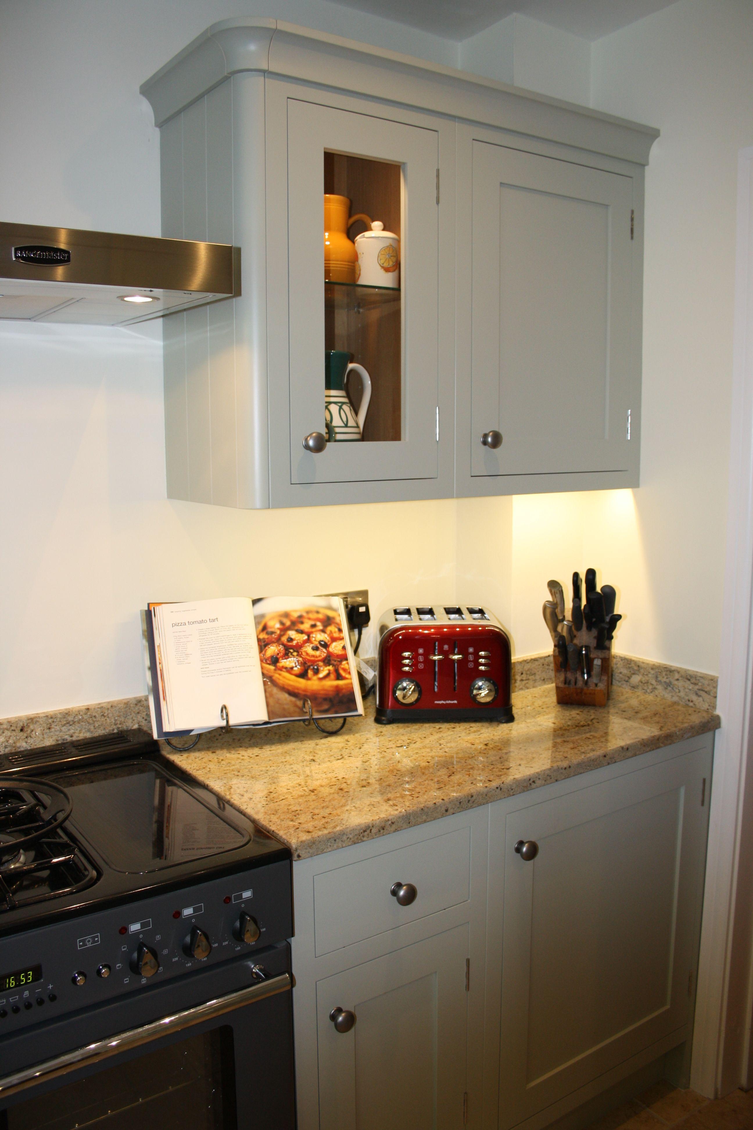Farrow Ball Mizzle Fint Mot Det Vinroda Kitchen Cabinet
