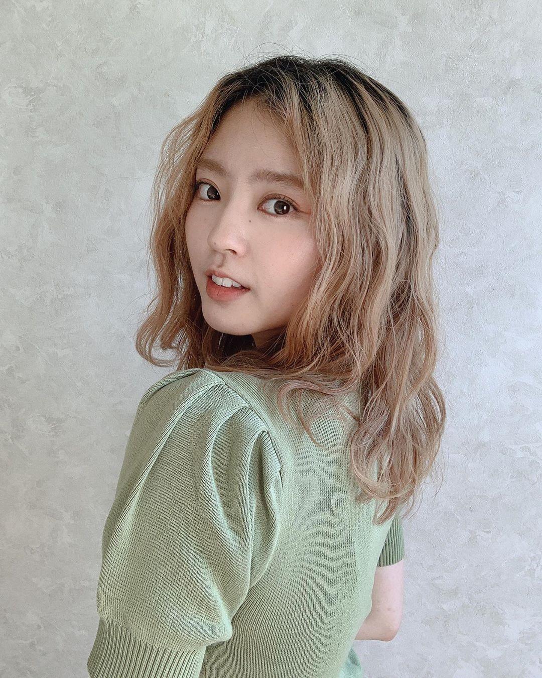 美 instagram 鈴本 愉