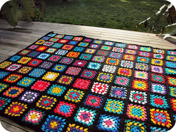 Paisleyjade Black Edged Retro Granny Square Blanket Crochet