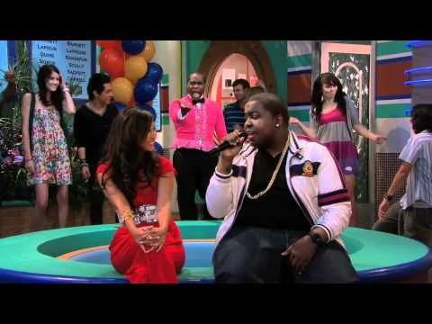 Sean Kingston Dumb Love On The Suite Life On Deck One Of My Favorite Episodes Suite Life Old Disney Channel Disney Channel Stars