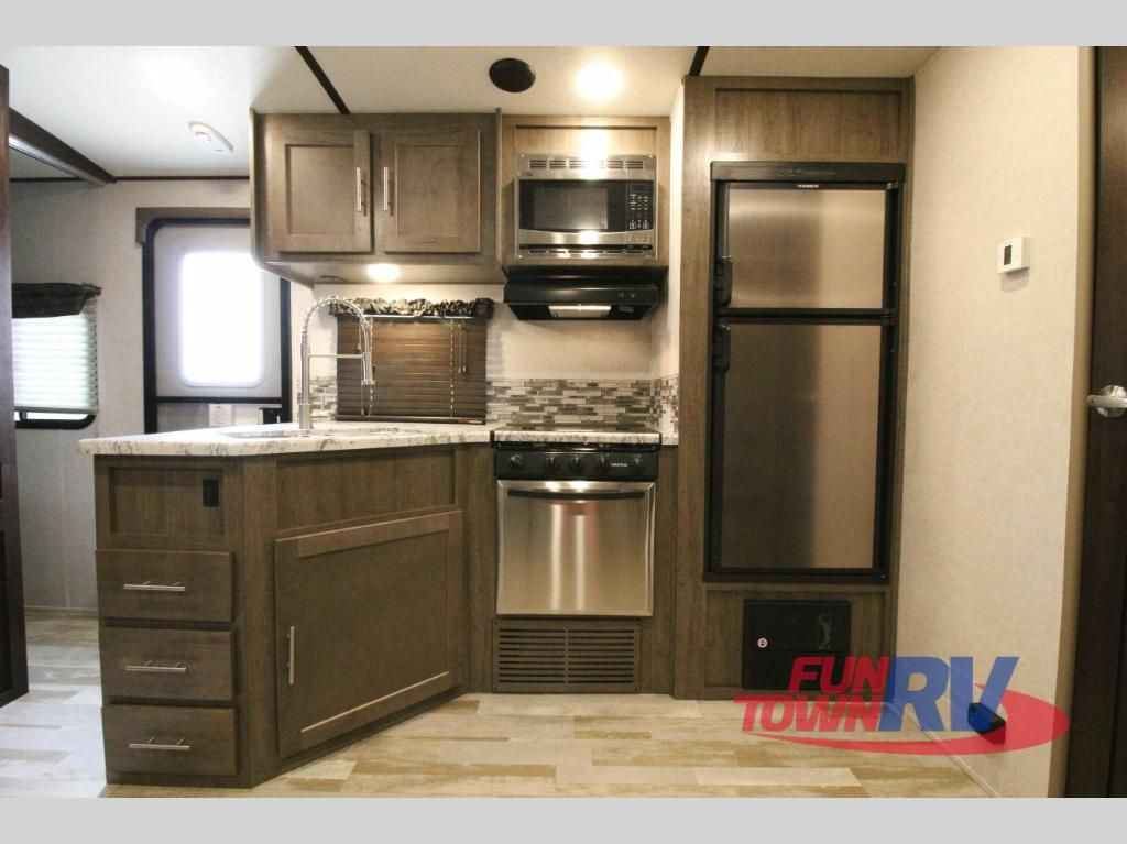 New 2018 Forest River Rv Surveyor 243rbs Travel Trailer At Fun
