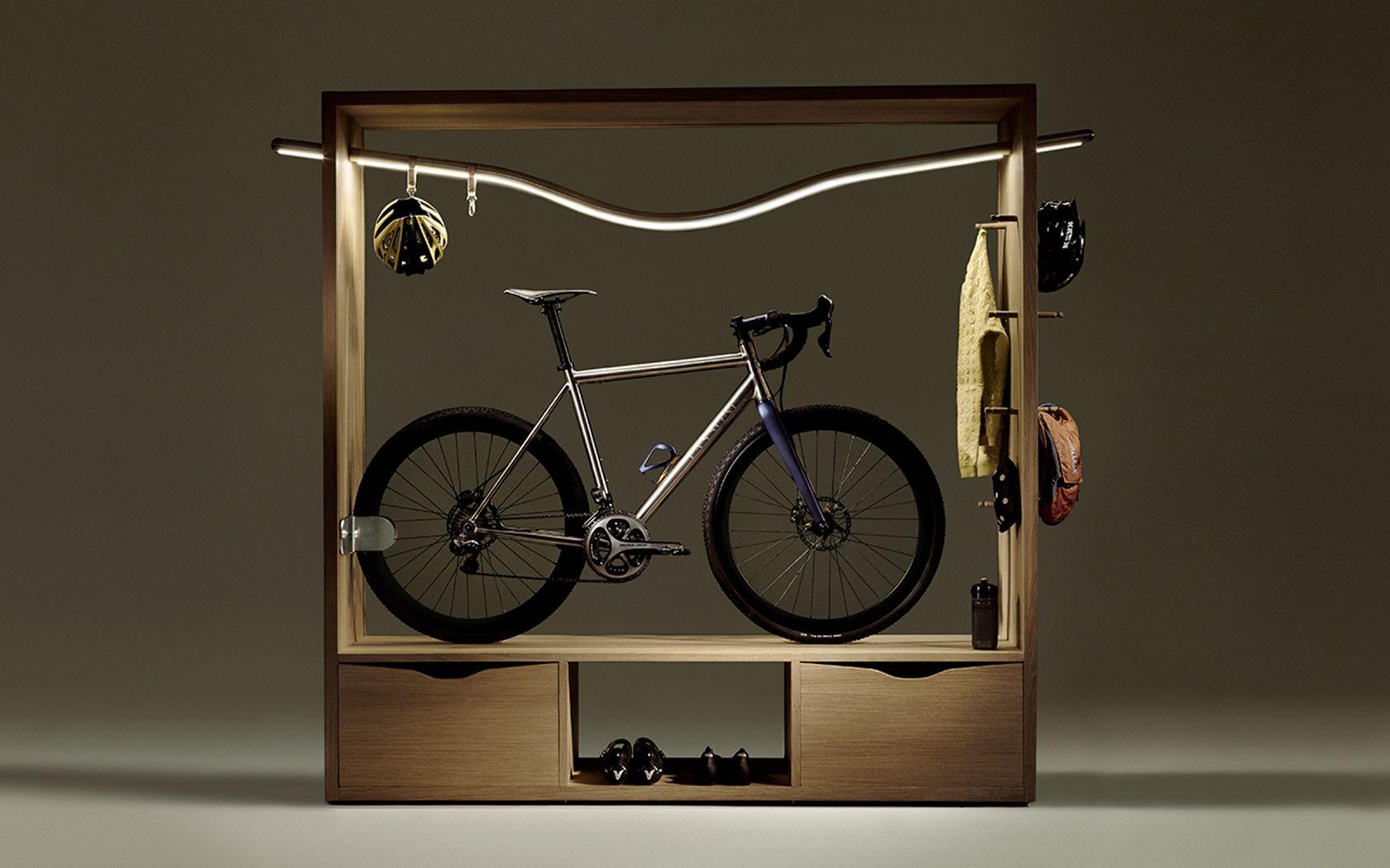 Ledライトバー搭載自転車ディスプレイシェルフ 自転車の収納庫