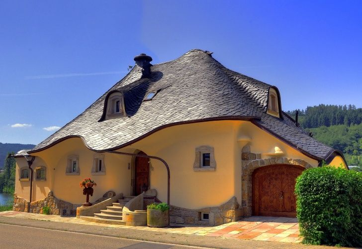 12 Most Stunning And Beautiful Fairy Tale Houses Unique Houses Cob House Houses In Germany
