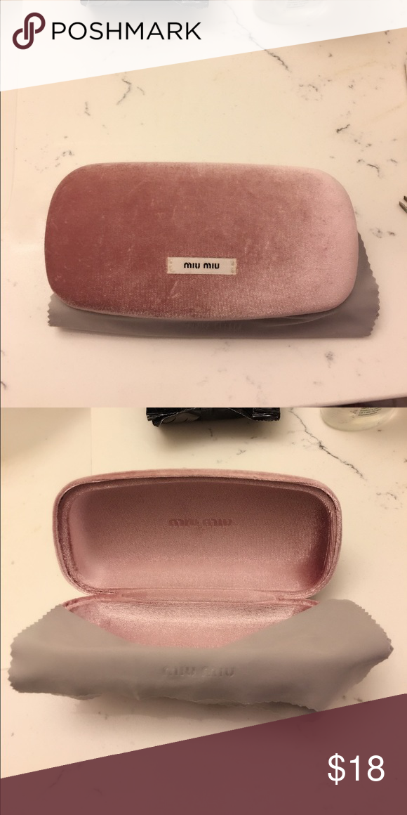 5b58ad0b9d51 Miu Miu Sunglasses Case Light pink velvet sunglasses case with cleaning  cloth Miu Miu Accessories