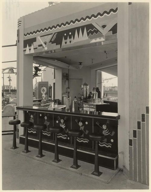 Deco snack bar at Wilshire Links, owned by Mary Pickford. 1928 ...