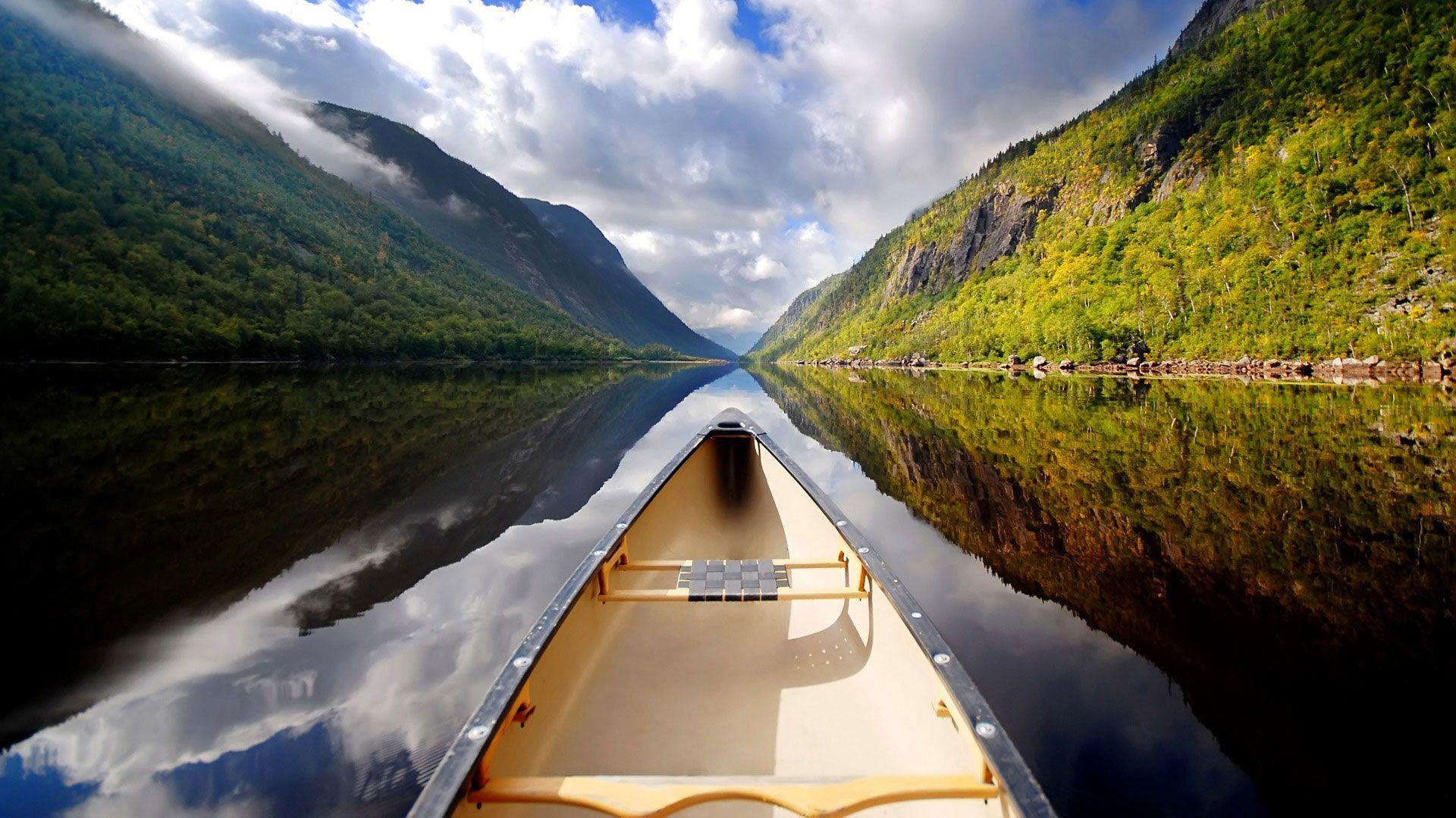 Hd Pics Photos Beautiful Landscape Mountain Lake Boat Hd Quality Desktop Background Wallpaper Beautiful Places Cool Photos Nature Photography