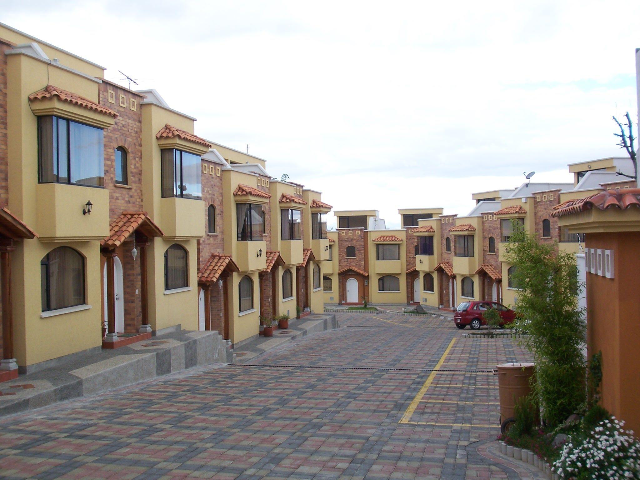 Conjunto residencial terrazas del condado 4 quito ecuador for Conjuntos de terraza