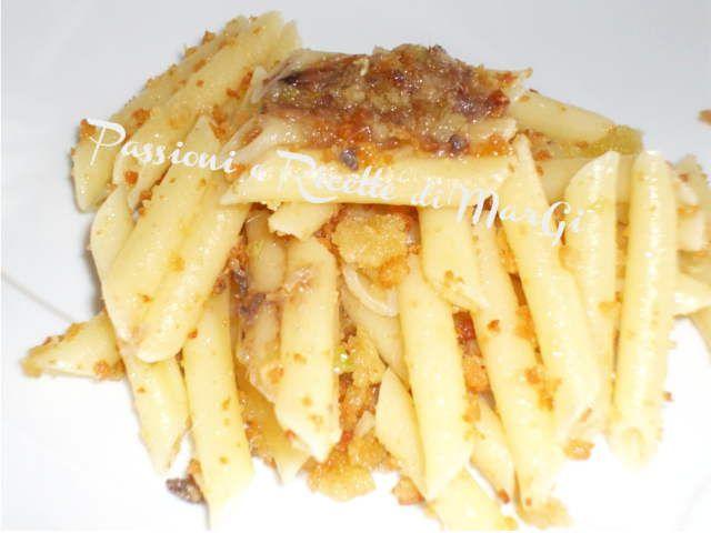 Pasta con mollica di pane