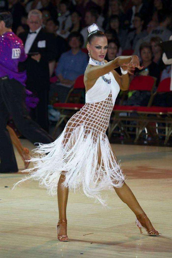 1001 Idees Pour Vos Chaussures De Danse Les Adresses Pour Les Achats Robes De Bal Latin Robe De Danse Idees Vestimentaires