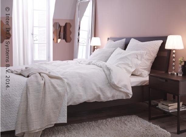 Un dormitorio con glamour catalogoikea2015rd cat logo - Habitaciones blancas ikea ...