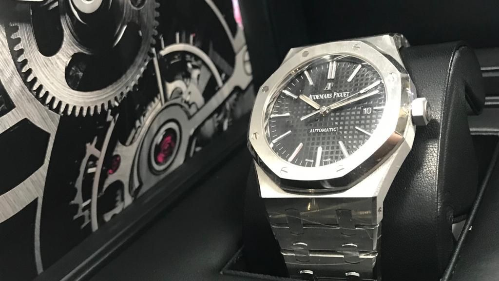 Another Fantastic Option From The 41mm Audemars Piguet Royal Oaks