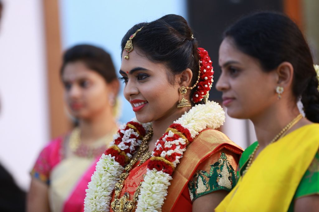 A Delightful South Indian Wedding With An Array Of Surprises!